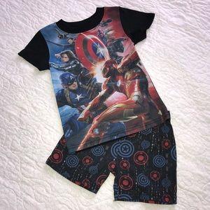 Other - 🖍 Boys Size 4/5 Avengers PJs